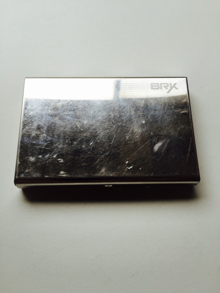 Bryk RFID-protected credit card wallet