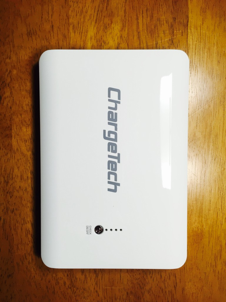 ChargeTech portable battery pack (white) 24000 mAh